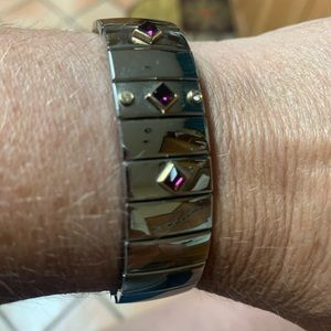 Siver strech on braclet with colored gems